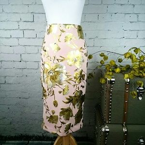 NWT Eci Blush with metallic floral pencil skirt